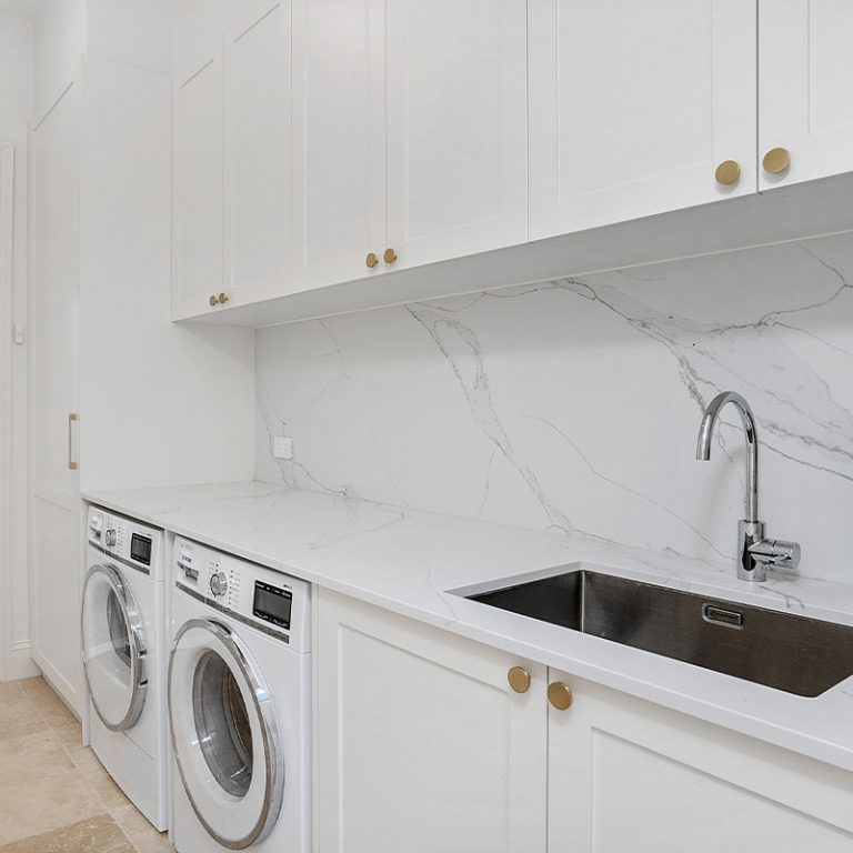 Grovedale-Kitchens-white-laundry